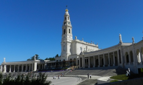 The tombs of Lucia, Francisco and Jacinta are popular sites inside the Basilica of Our Lady of the Rosary of Fatima