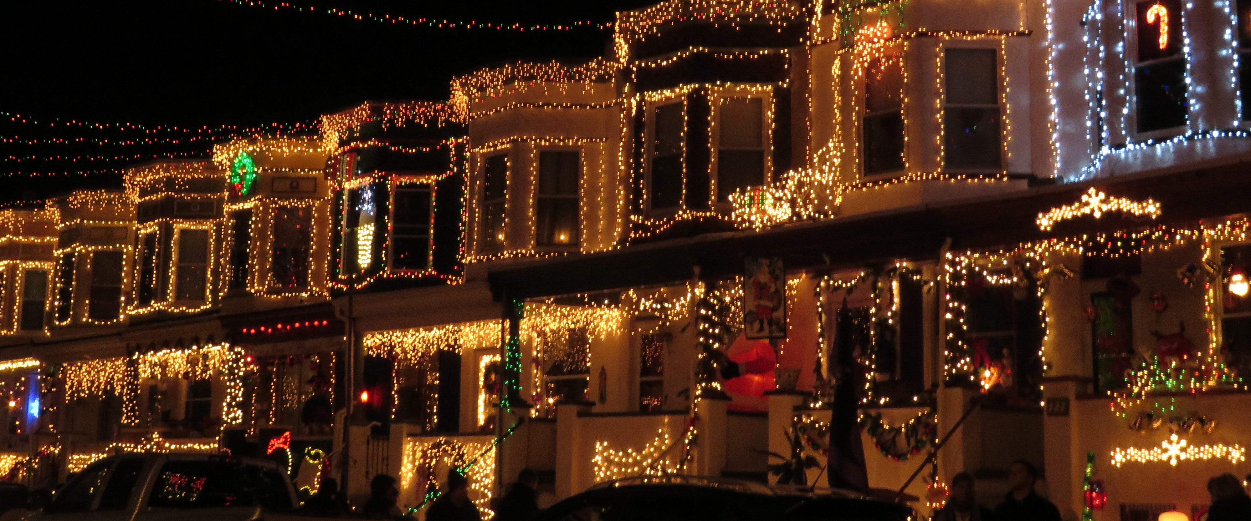 TIPSY TOURIST: Spiked Cider and Christmas Lights | A Day Away Travel