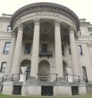 Even the back of Vanderbilt's mansion is spectacular.