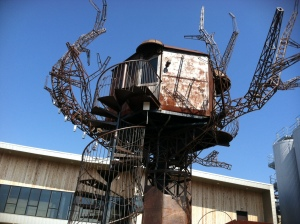 The 44-foot-high Steampunk Tree House was erected at the entrance of the brewery after it was part of the Burning Man Festival in 2007. Sigh, it's usually not open to the public.