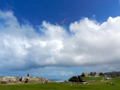 On a sunny Sunday afternoon, families make their way to E Morro for an afternoon of picnicking and flying kites.