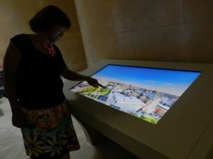 Two touch screens in the base gallery offer all kinds of information about the history of the monument — with live cam views from the top. Good for those of us who prefer our feet on the ground.