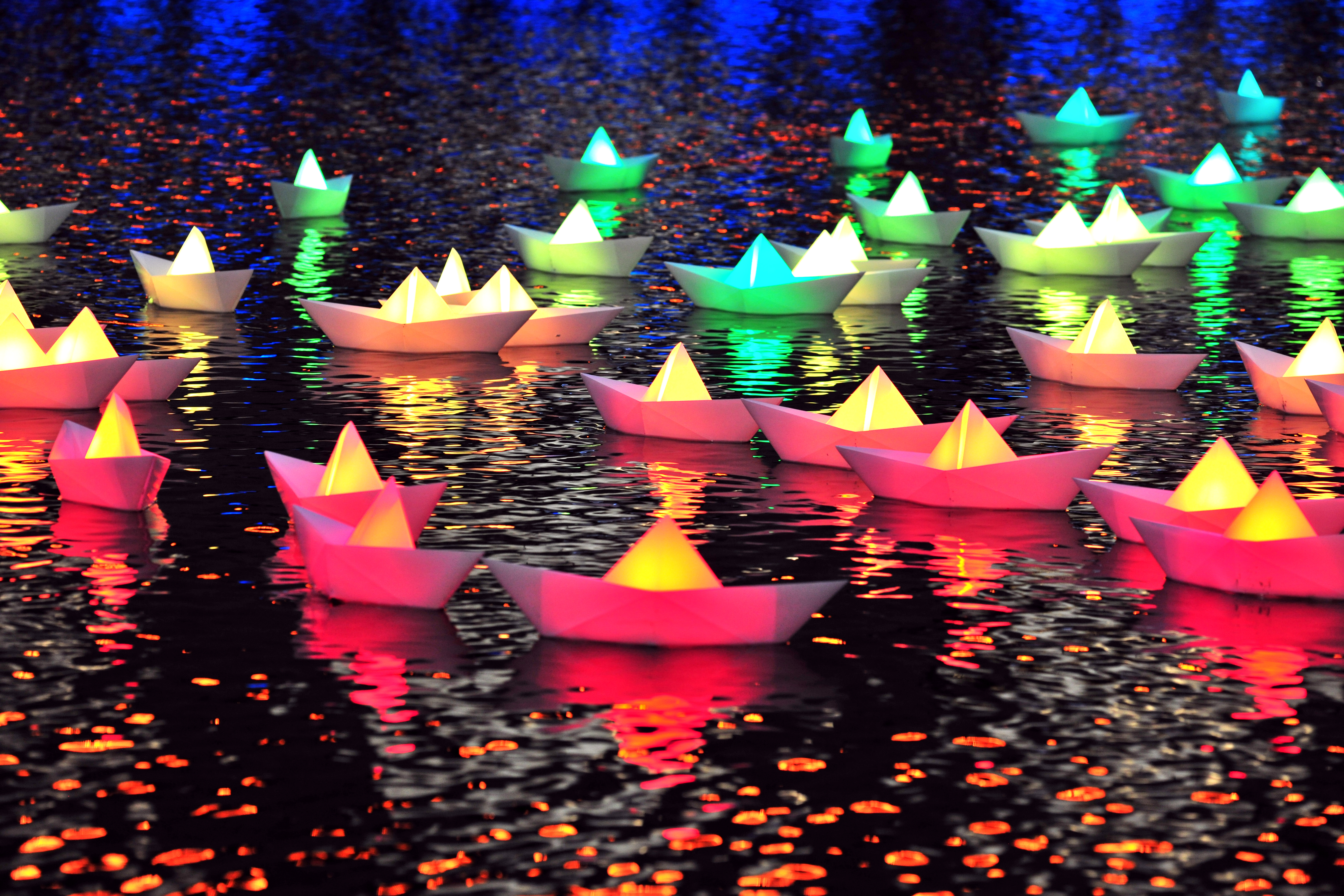 Lit Paper Boats, Part Of Voyage By Aether And Hemera, Will Be Among The Art  Displays Lighting Up The Inner Harbor During Light City, Baltimore. Idea