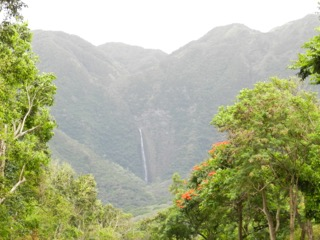 Molokai-waterfall